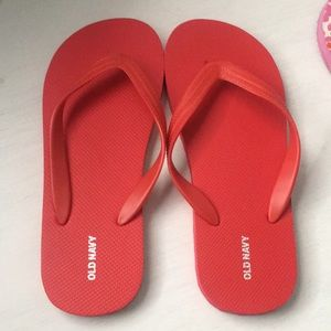 OLD NAVY FREE FLIP FLOPS WITH PURCHASE OF $20